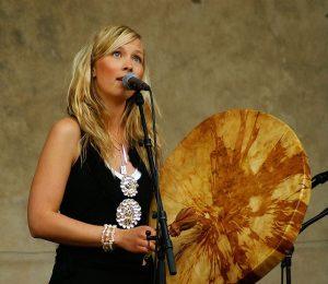 Sofia Jannok, wokalistka joik. Benoît Derrier CC BY-SA 2.0