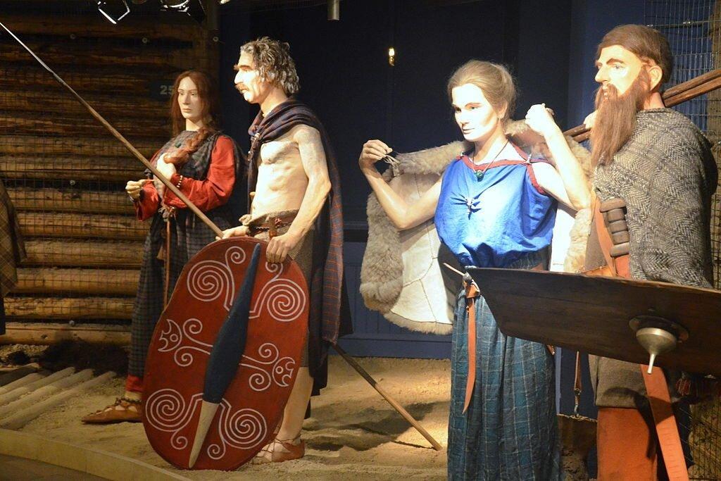 Ludzie kultury przeworskij, ôbecnyj na Ślōnsku miyndzy 300 p.n.e a 500 n.e. Fot: Silar / Wikimedia Commons