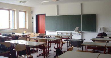 Hanek tuplikuje: Dlaczego istnieją szkoły złe i jeszcze gorsze?