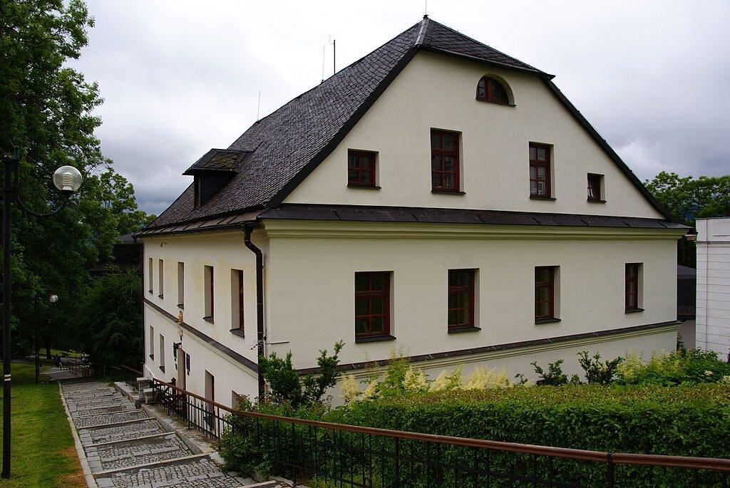 Dom Vincenta Priessnitza w Jeseníku, fot.: Michál Bjalek / Wikimedia Commons
