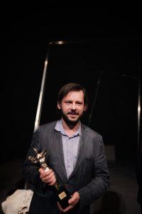 Adam Ziajski, reżyser przedstawiyniŏ z nadgrodōm. Fot.: materyje presowe