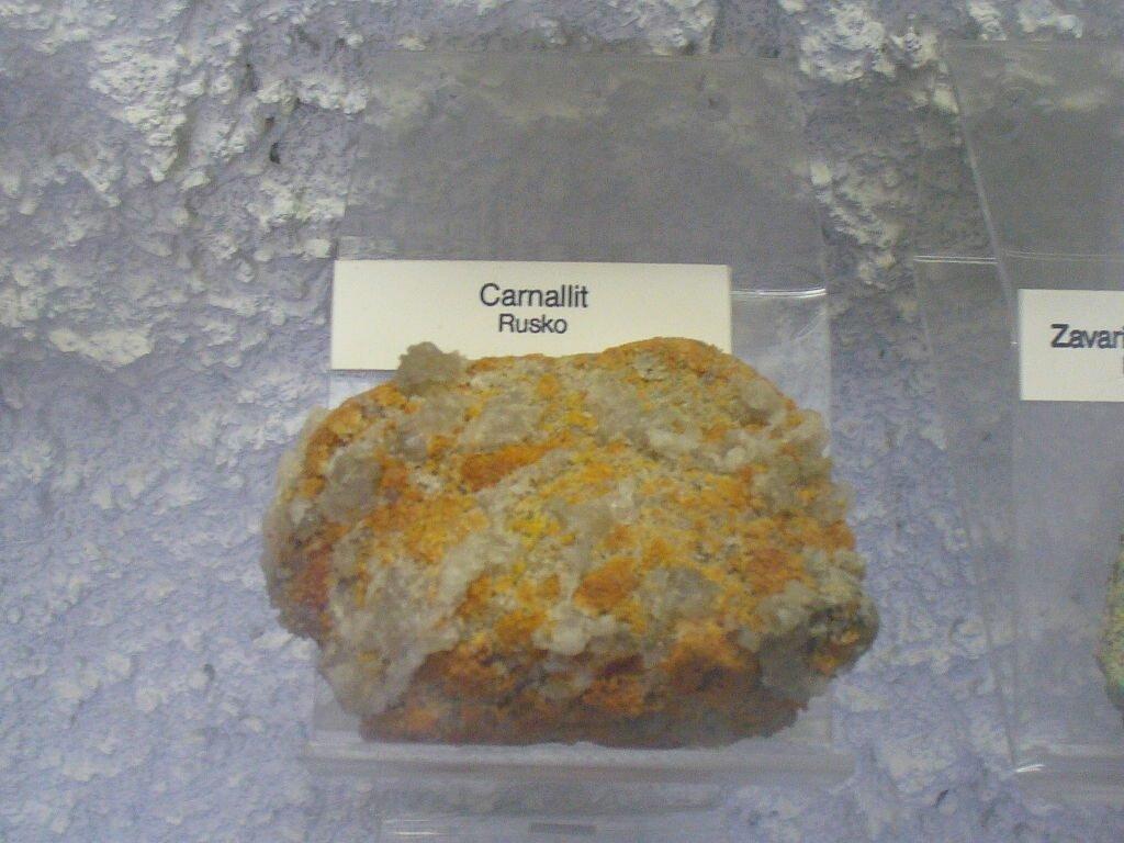 Karnalit - minerał nazwany na cześć Rudolfa von Carnalla