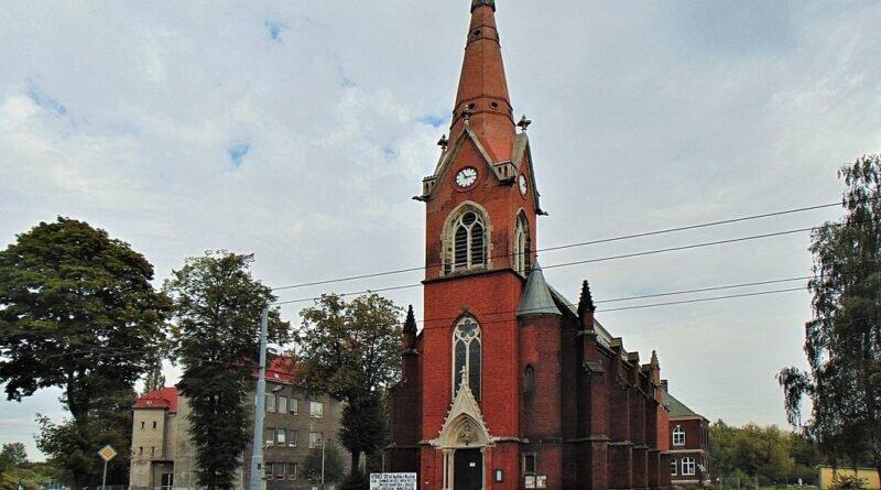 Kościōł św. Franciszka i Wiktora we Hruszowie