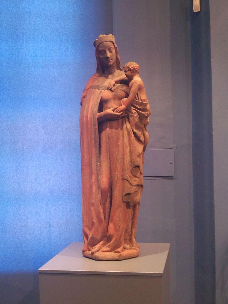 Madonna cieszyńska - oryginalna rzeźba przechowywana w zbiorach Muzeum Śląska Cieszyńskiego